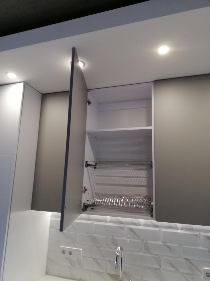 Кухня на заказ Шиншилла фотография